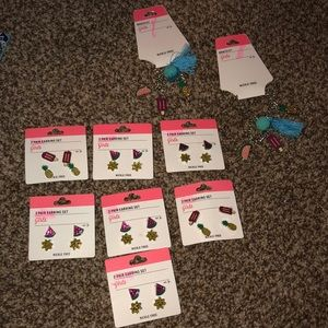 Other - Girls jewelry lot great for gifts or resell